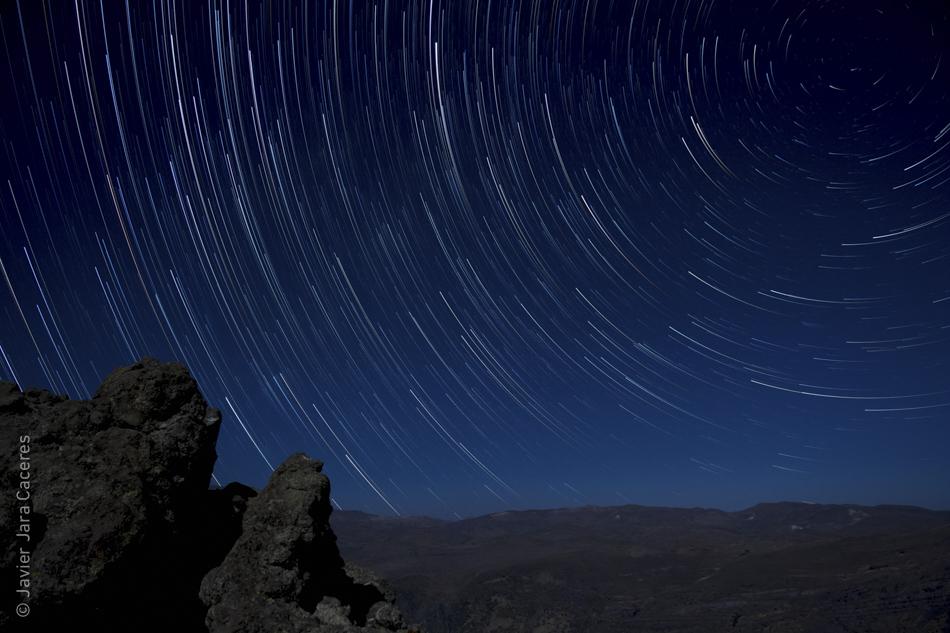 StarStaX__DSC2277-_DSC2566_aclarar_modo_cometa.jpg