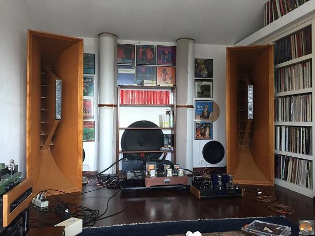 HiEndAudioForThePassionates system sm.jpg