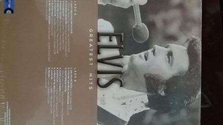 Elvis1.jpg